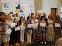 Іноземна молодь підтримала Крим флешмобом