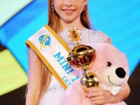 Дівчинка з Вінниці стала міні-міс світу 2015