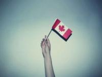 Українці, що приїжджають у Канаду, просять статус біженців