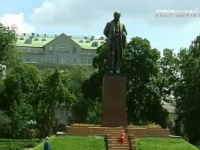 Фільм про Шевченка показали українцям у 14 країнах світу