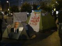 Активісти встановили намети у центрі Праги, щоб підтримати Україну
