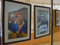 """Відому революційну фотовиставку """"Обличчя Майдану"""" запрошують до світового показу."""
